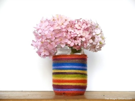 Yarn Covered Mason Jar Vase Spring Craft for Kids :: www.theMagicOnions.com