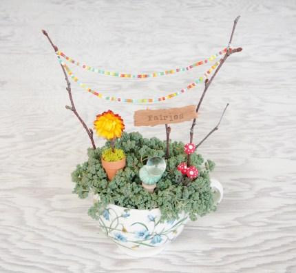 Teacup Fairy Garden :: DIY Tutorial :: www.theMagicOnions.com