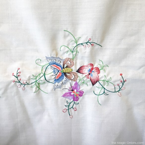 Antique Butterfly Embroidery :: The Vintage Trail :: Vermont