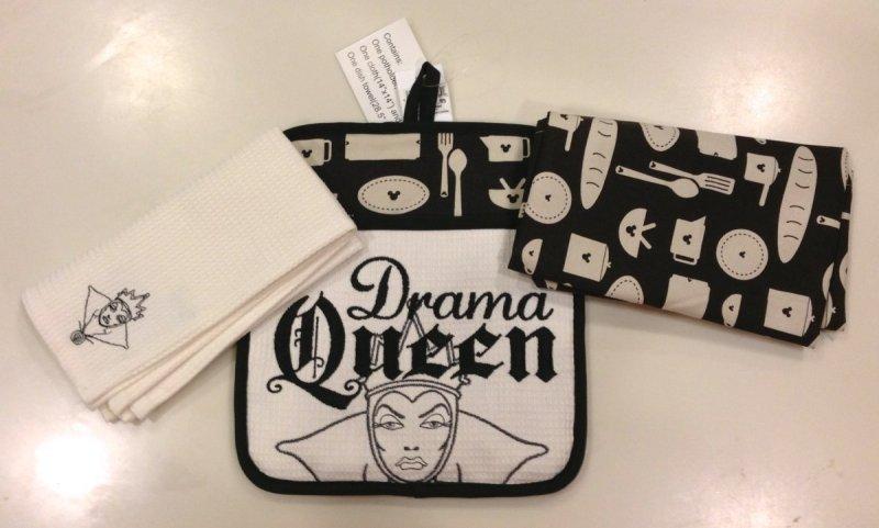Disney Parks Castle Kitchen Dish Towel Set of 2 New Towels Magic Kingdom