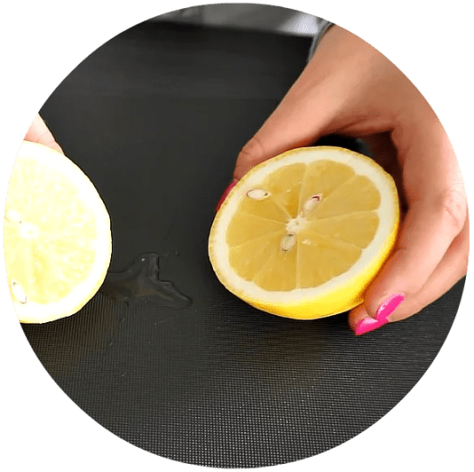 The Amazing Uses for Lemon juice | A DIY by The Makeup Dummy