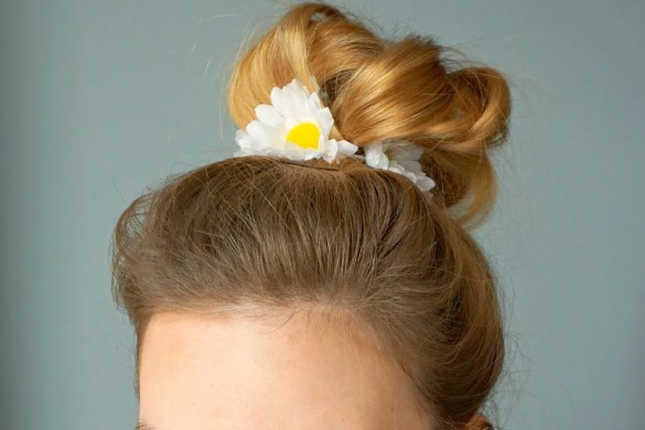 How to make your own Daisies Hair tie   A DIY by The Makeup Dummy