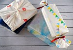 Such a creative and fun idea! This homemade packaging is so beautiful and original! How To make your own DIY creative fabric gift wrapping with stamps for Christmas or the Holidays! Tutorial by The Makeup Dummy