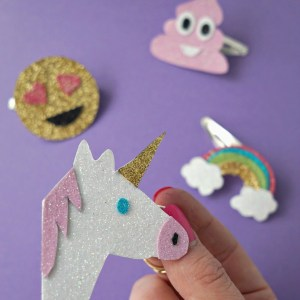 This is SO cute, especially the unicorn! How To make your own DIY Emoji Hair Clip Accessory Tutorial by The Makeup Dummy