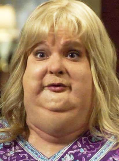Martha Plimpton in Raising Hope  obese  morbidly obese
