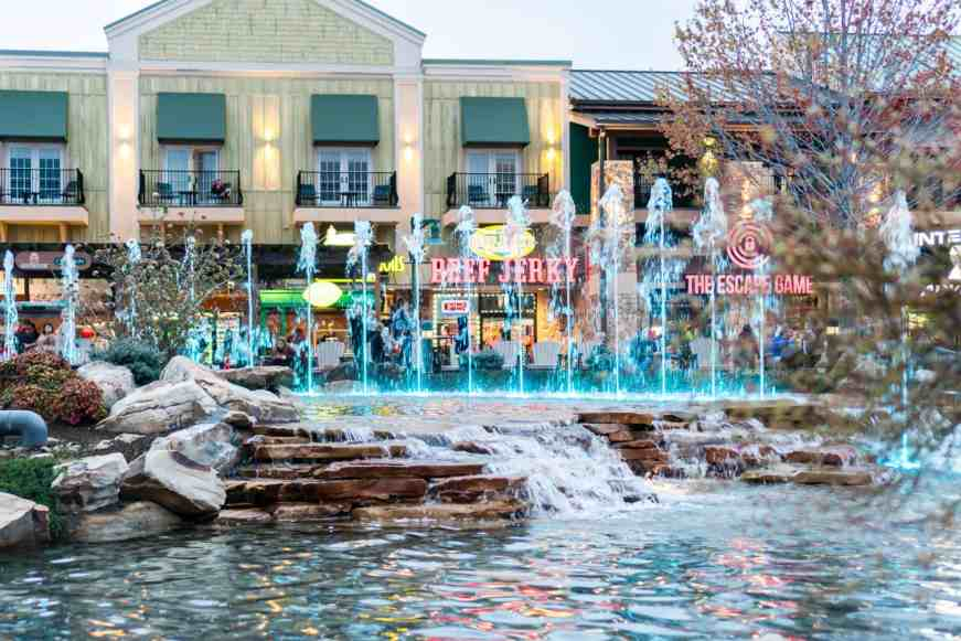 Island at Pigeon Forge fountain