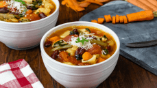 Olive Garden Copycat Instant Pot Minestrone Soup