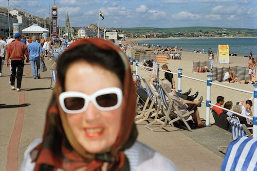 Martin Parr, England, Weymouth, 2000, aus der Serie Think of England, © Martin Parr / Magnum Photos