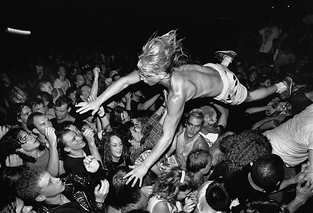 Nirvana, punk to the people