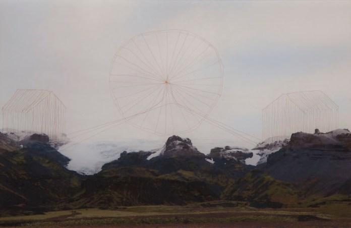T.Ferioli 64°24′0″N, 2014, capelli su stampa ink-jet su carta matte, 20x30cm