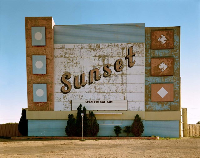West Ninth Avenue, Amarillo, Texas, 2 October 1974.From the Uncommon Places series. © Stephen Shore. Courtesy 303 Gallery, New York.