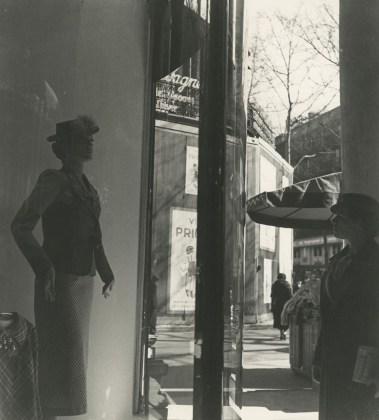 Florence, Henri Vitrine 1930-35
