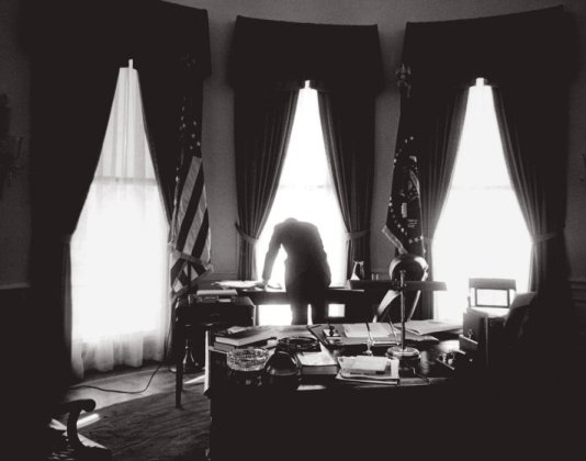 Oval Office, Washington, DC, January 1961. © Jacques Lowe (Courtesy The Jacques Lowe Estate) Courtesy of Smithsonian American Art Museum