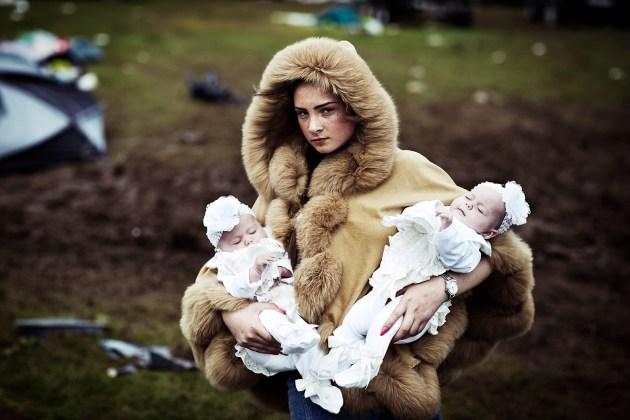 Debbie O'Donoughe con i gemelli, 2014.