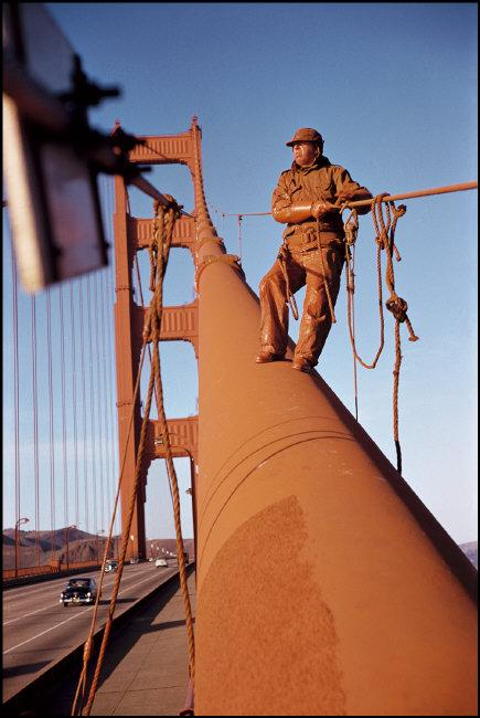 Werner Bischof, Golden Gate Bridge, San Francisco, USA, 1953 © Werner Bischof / Magnum Photos