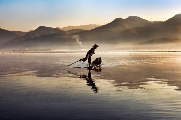 Steve McCurry, Lago Inle, Birmania, 2011 © Steve McCurry