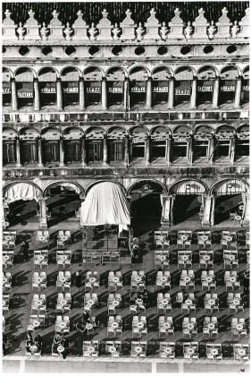 Fulvio Roiter Venezia, Piazza San Marco, 1983 © Fondazione Fulvio Roiter