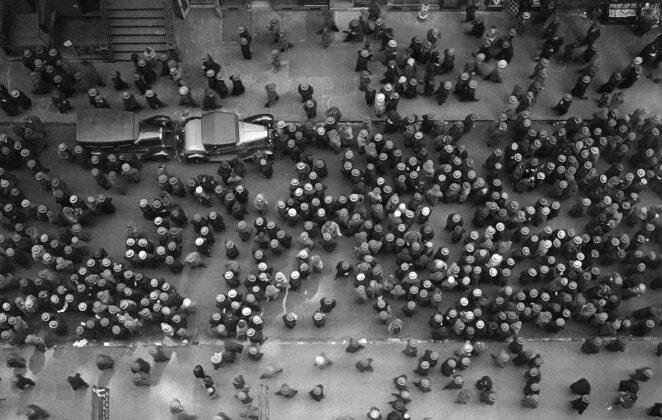 folla Margaret Bourke-White palazzo reale milano