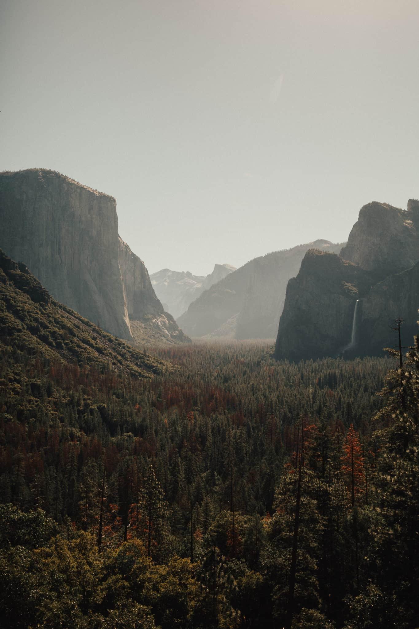 Tunnel View, Yosemite National Park - TheMandagies.com - @themandagies