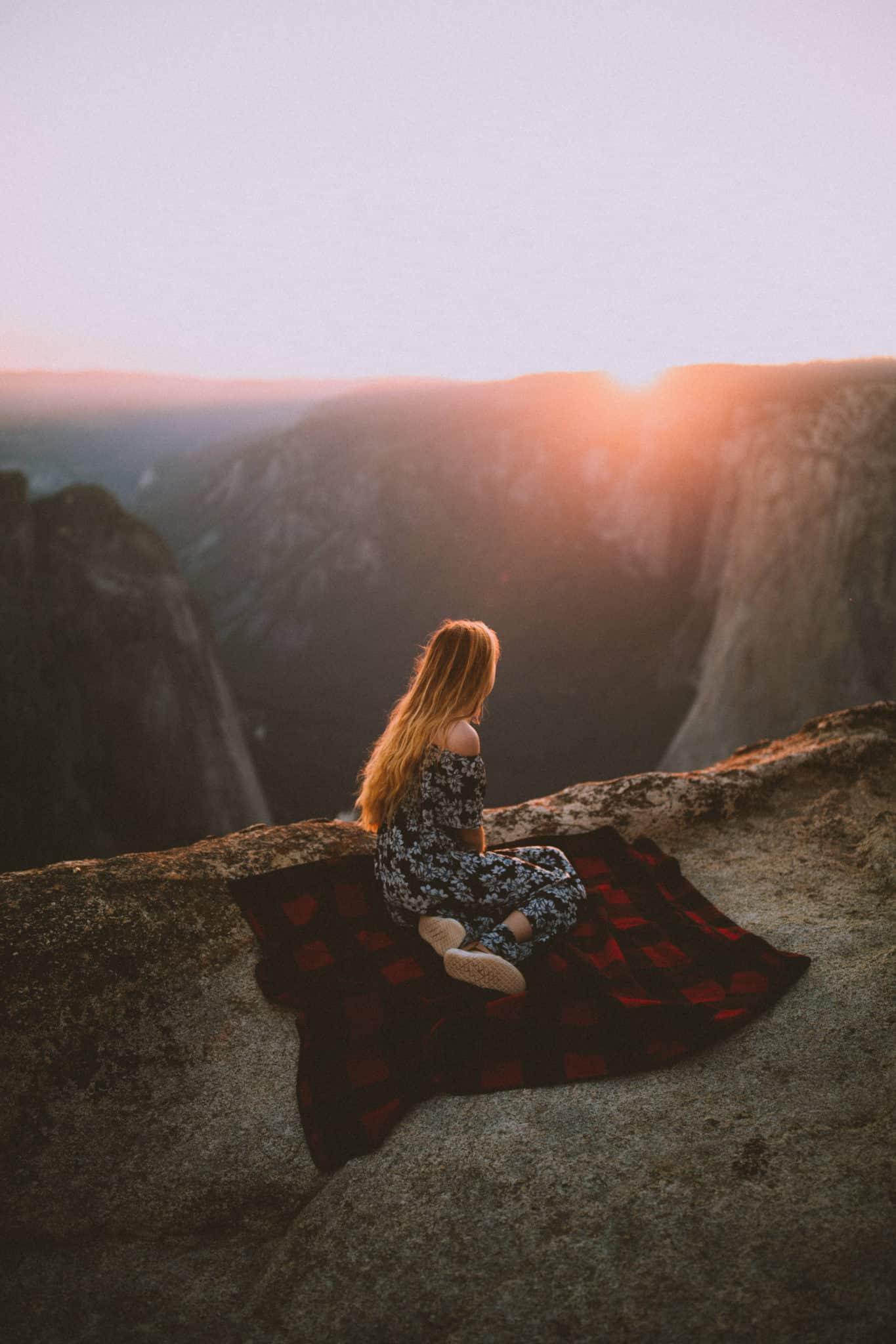 Yosemite National Park Engagement Shoot, Taft Point - Berty Mandagie - TheMandagies.com