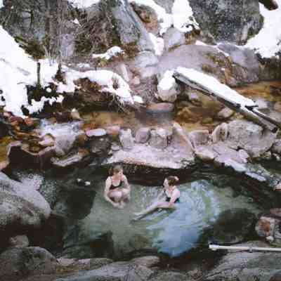 5 Pacific Northwest Hot Springs You Need To Visit This Year