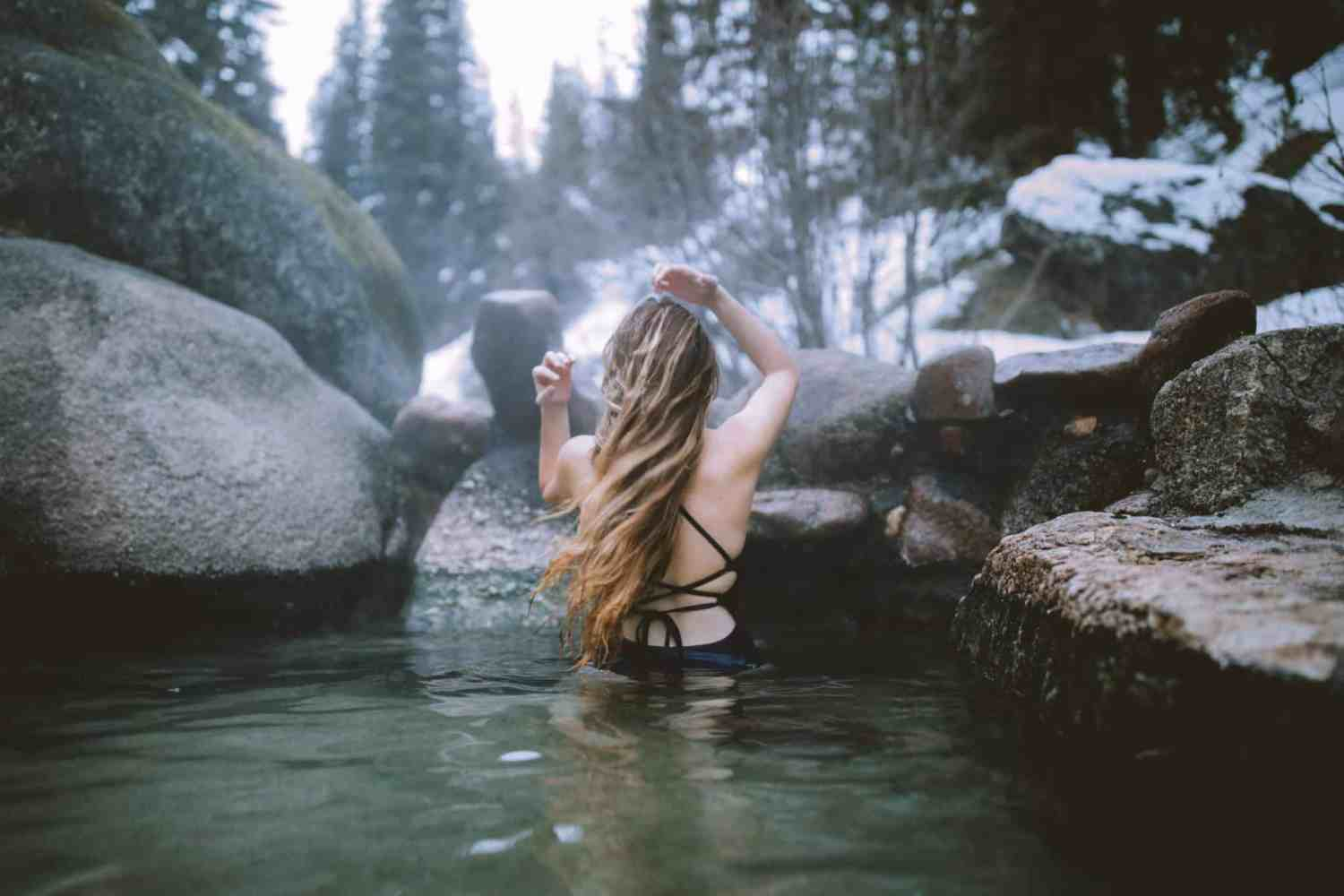 Nude Hiking and Soaking in the Pacific Northwest: World