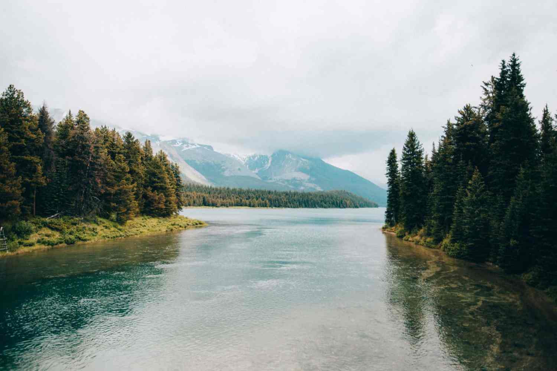 Photo Spots In Jasper - Maligne Lake