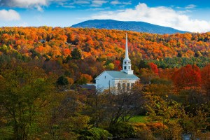 Join Jen Pastiloff  and Emily Rapp at a writing and the body retreat in Stowe, Vermont Oct 2015. This will be their 3rd one together in Stowe. Click the photo to book.