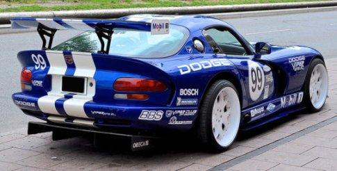 blue dodge viper