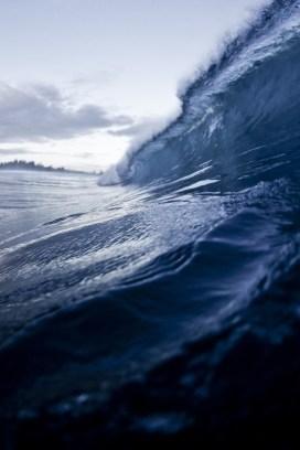 deep blue wave