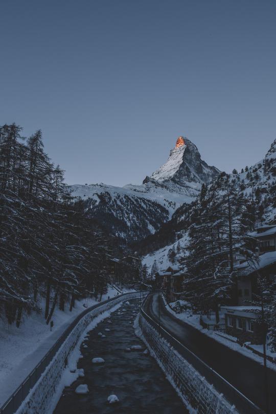 matterhorn mountain switzerland