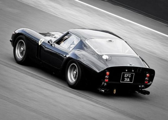 black ferrari race car