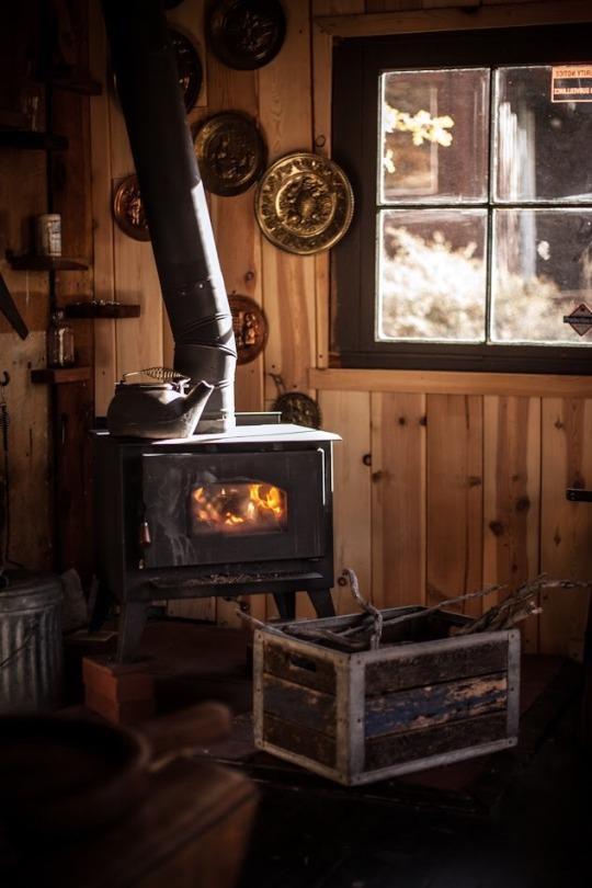 old stove in cabin
