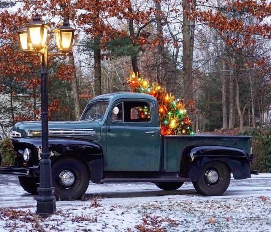 old christmas pickup