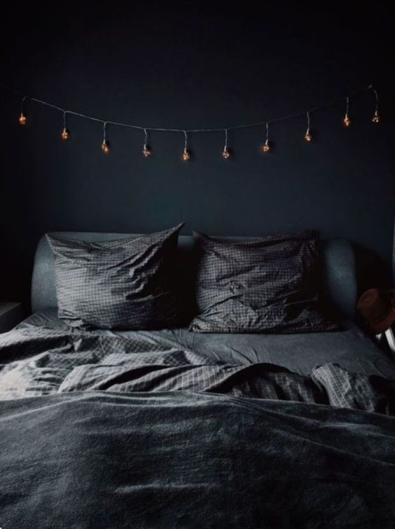 dark bedroom design