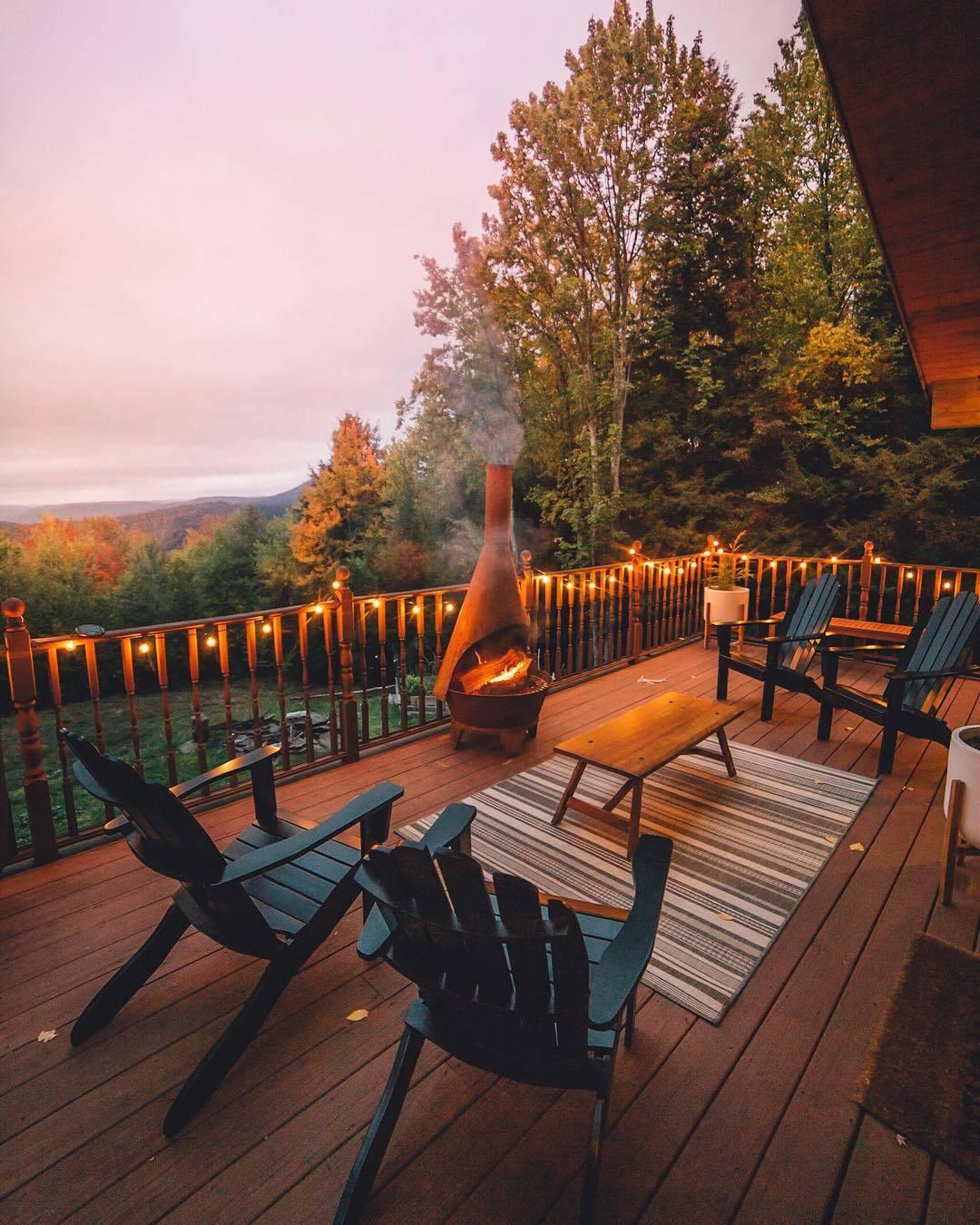 relaxing deck design
