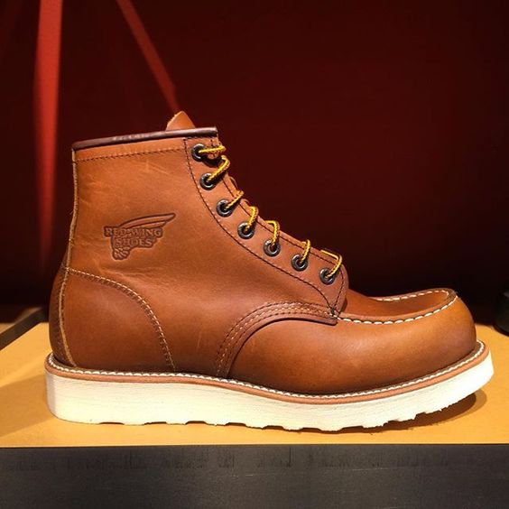 10875 Red Wing