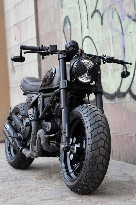 Ducati Scrambler 800 Nightowl