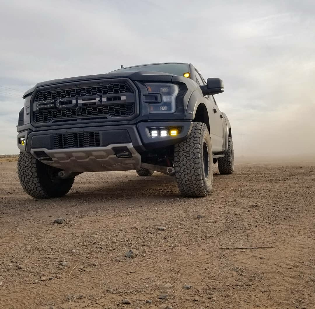 ford raptor in the dirt