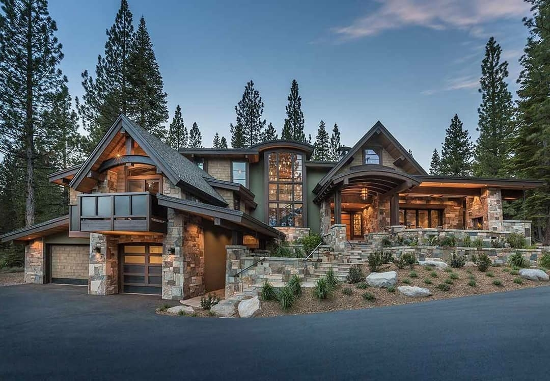 large home in Truckee California