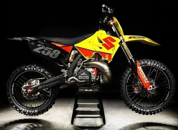suzuki motocross bike on stand
