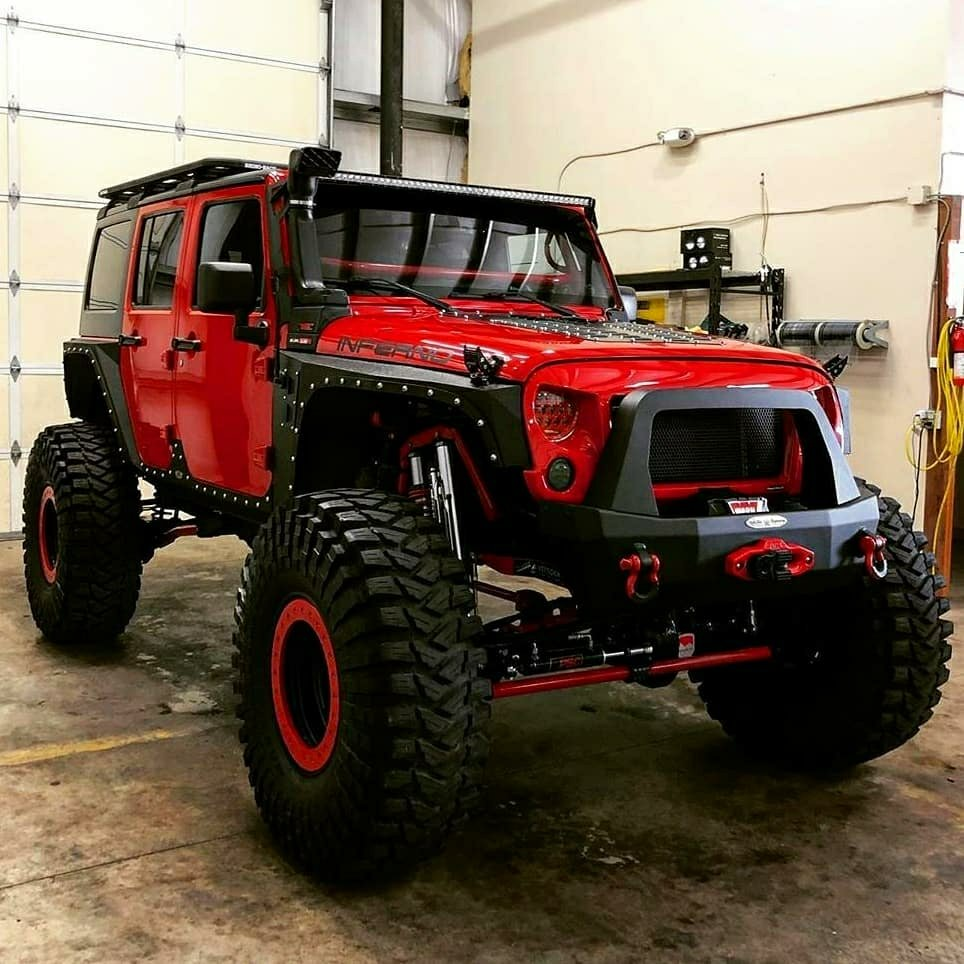 red jeep wrangle