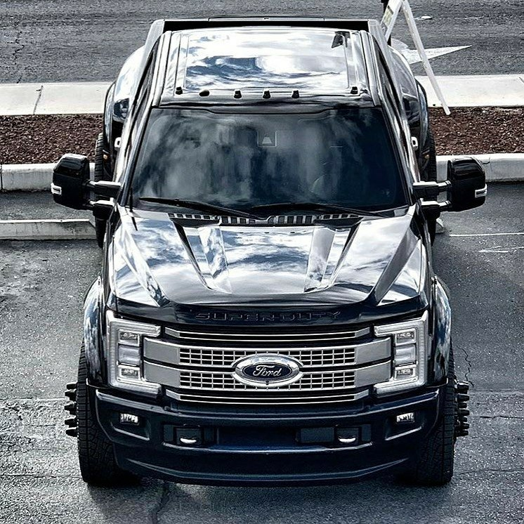 top view of ford super duty truck
