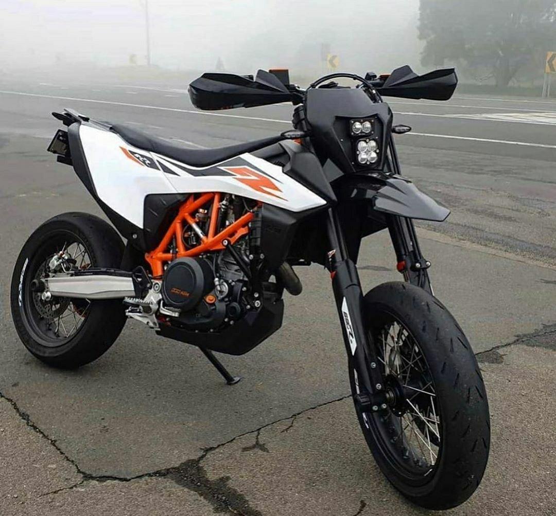 KTM 690