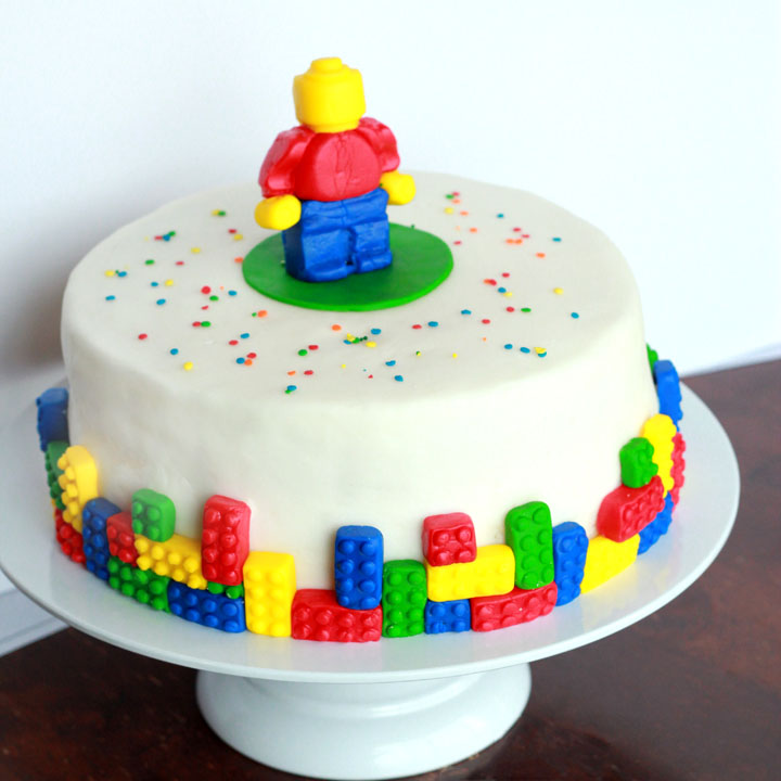 How to throw a Lego birthday party: a real mom's guide - The Many ...