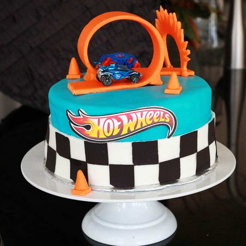 Super How To Throw A Hot Wheels Birthday Party A Real Moms Guide The Funny Birthday Cards Online Chimdamsfinfo