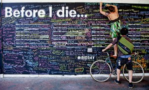 Before I Die: A Global Ethnography of Anonymous Aspirations in Chalk and Public Space