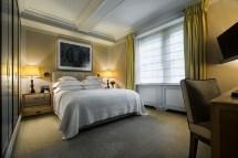 Hotel Junior Suite Room