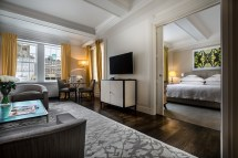 Manhattan Bedroom Luxury Hotel Suite Mark