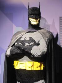 Things We Saw Today: Life-Sized LEGO Batman | The Mary Sue